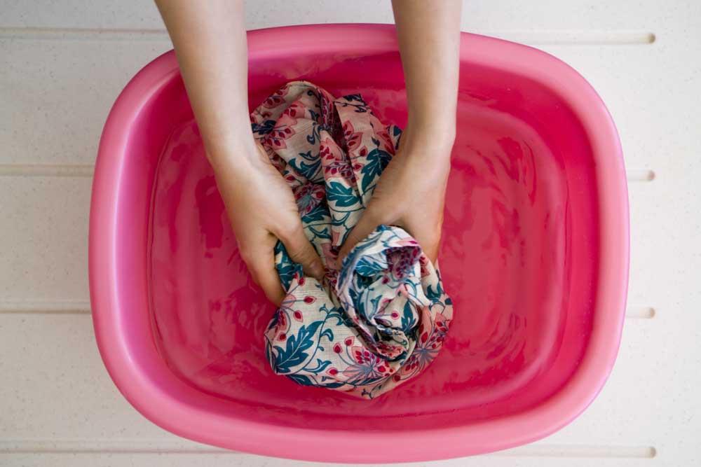Cómo quitar manchas de la ropa facilemnte
